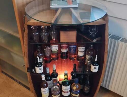 Wein-Fass-Bar