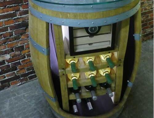 Wein-Fass-Bar mit Humidor